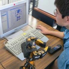 e3二足歩行ロボット